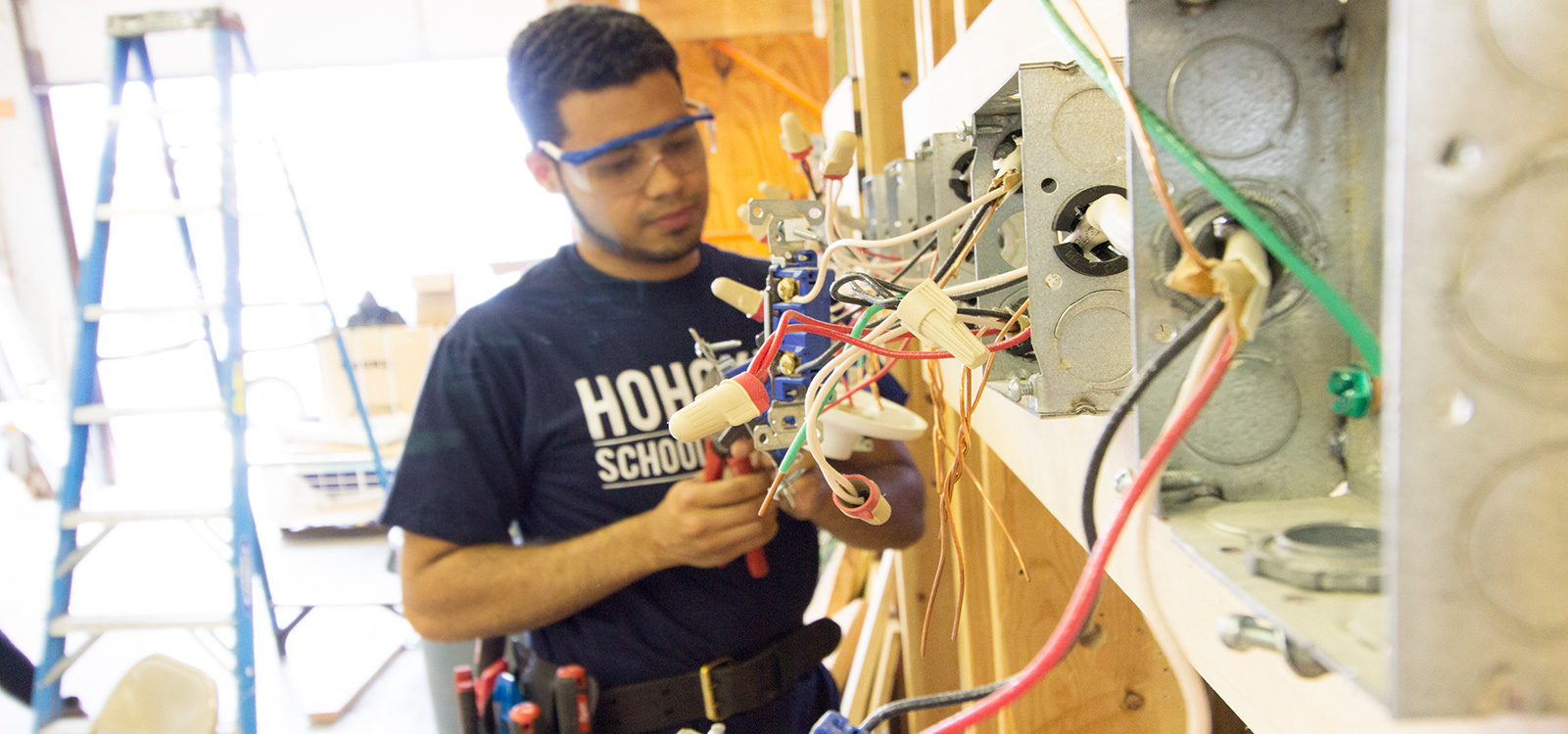 Phenomenal Electrician Apprenticeship In Paterson Nj Eastwick College Wiring 101 Tzicihahutechinfo